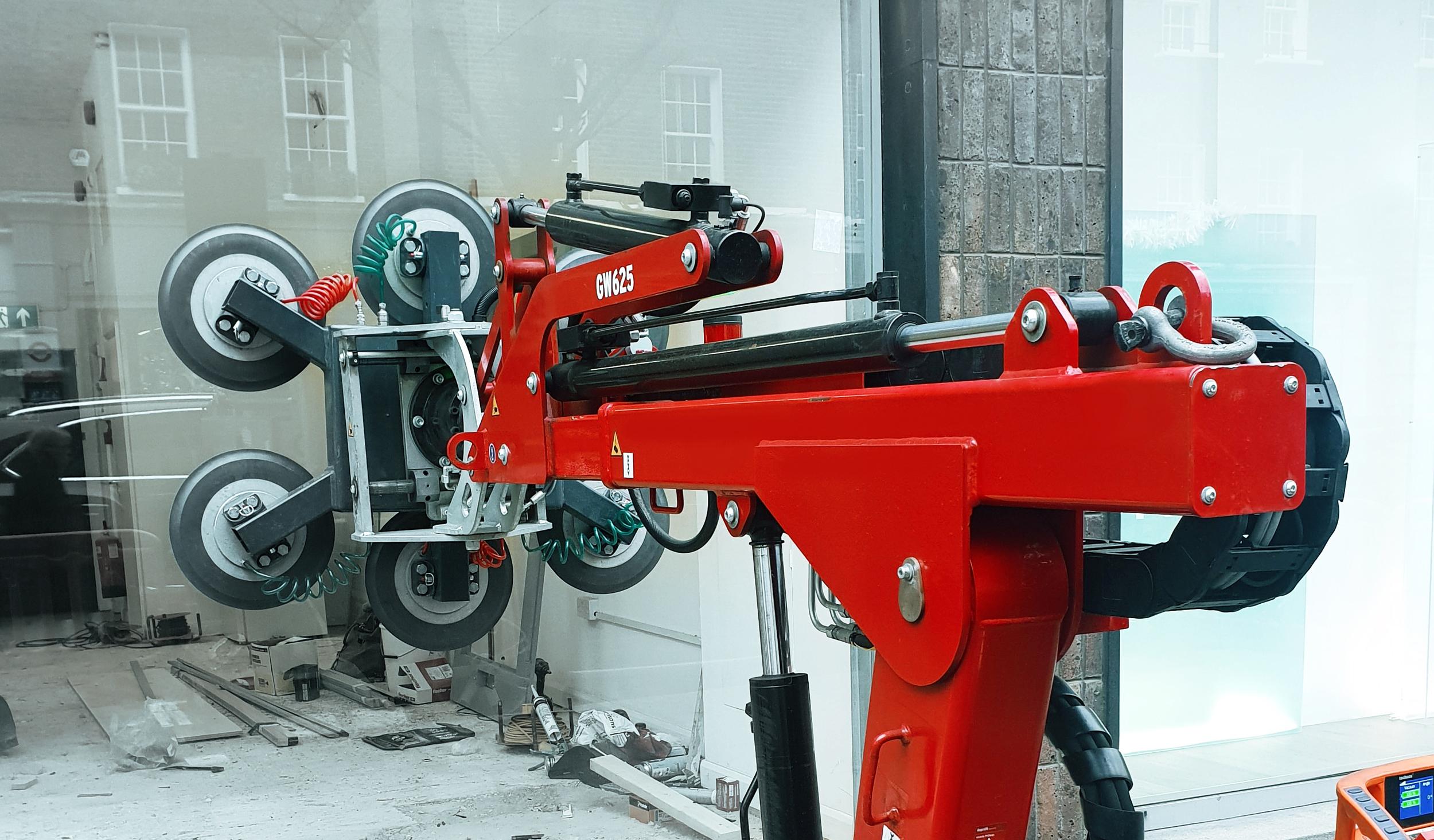 Glassworker Vacuum lifting